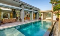 Swimming Pool - Villa Bamboo Aramanis - Seminyak, Bali