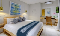 Bedroom with Study Table - Villa Bamboo Aramanis - Seminyak, Bali