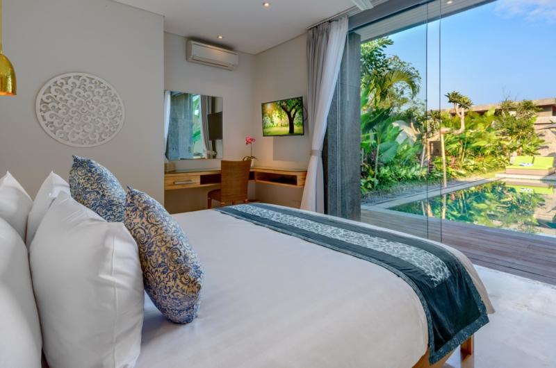 Bedroom with Pool View - Villa Bamboo Aramanis - Seminyak, Bali