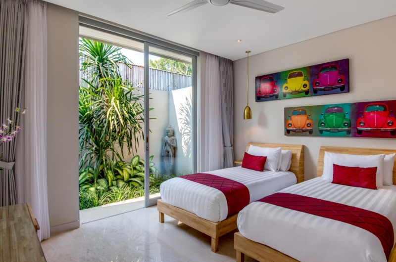 Twin Bedroom with View - Villa Bamboo Aramanis - Seminyak, Bali