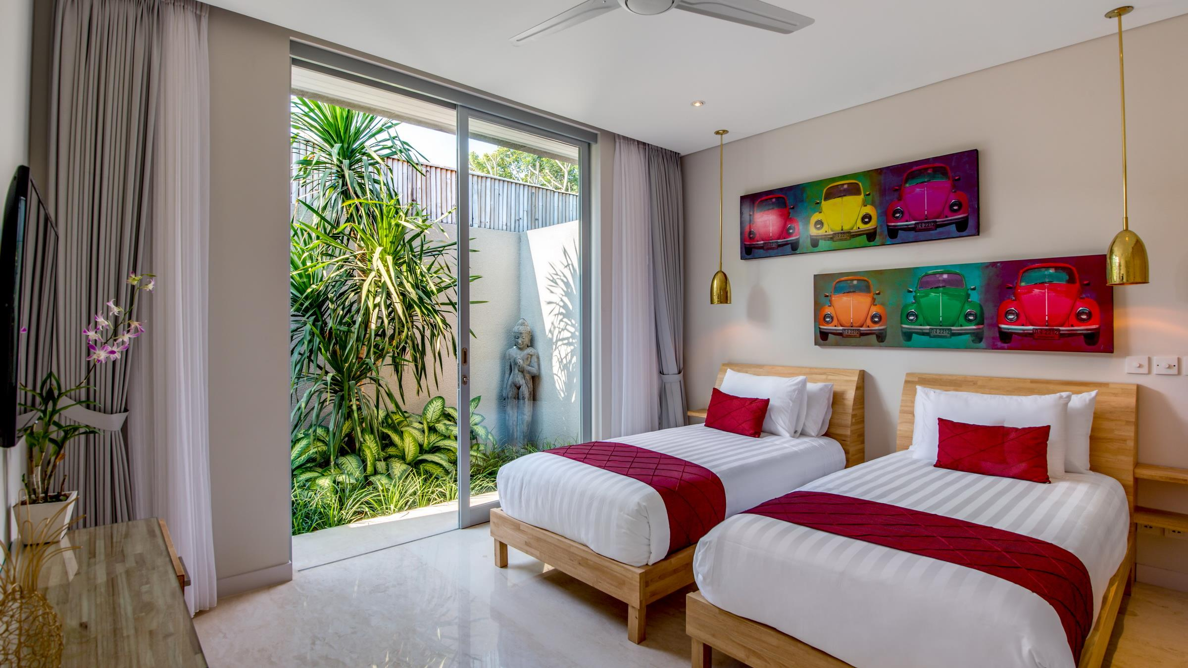 Twin Bedroom with View - Villa Bamboo Aramanis - Seminyak, Bali