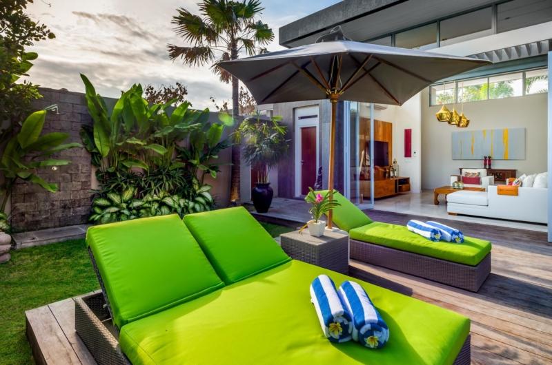 Sun Beds - Villa Bamboo Aramanis - Seminyak, Bali