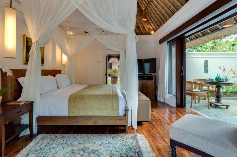 Bedroom and Balcony with View - Villa Batujimbar - Sanur, Bali