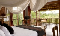 Bedroom and Balcony - Villa Bayad - Ubud, Bali