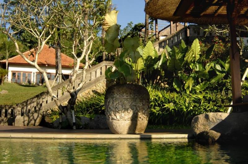 Gardens with Up Stairs - Villa Bayad - Ubud, Bali