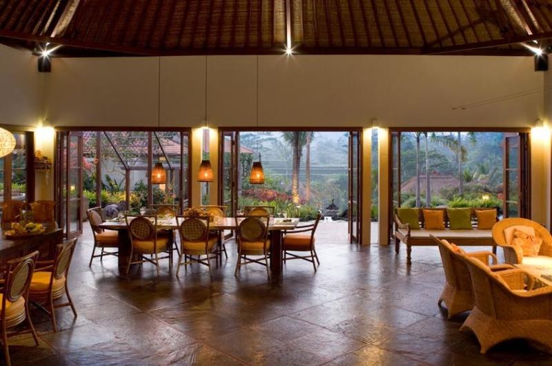 Indoor Dining Area - Villa Bayad - Ubud, Bali