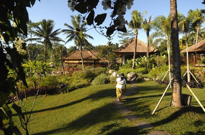 Pathway - Villa Bayad - Ubud, Bali