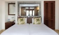 Bedroom with Mirror - Villa Bayu - Uluwatu, Bali