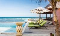 Sun Beds - Villa Bayu Gita - Sanur, Bali