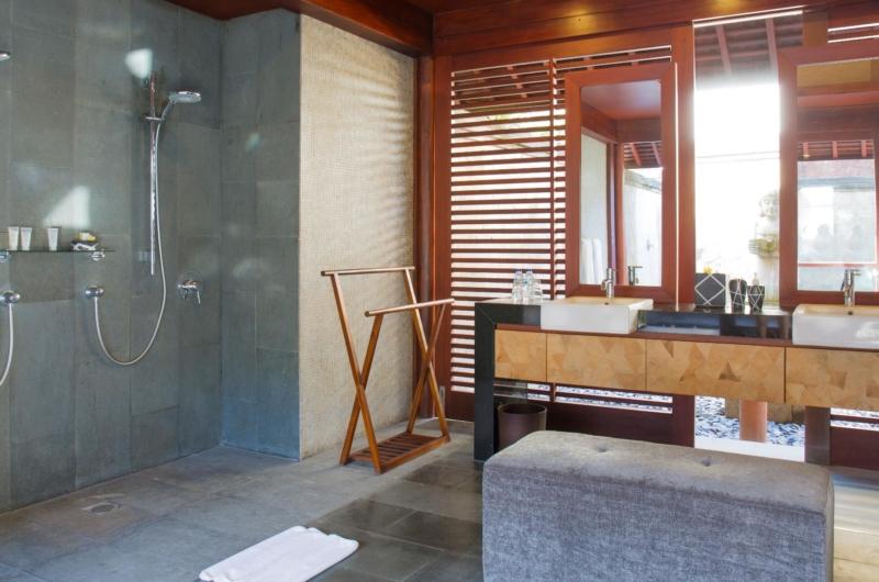 His and Hers Bathroom with Showers - Villa Bayu Gita - Sanur, Bali