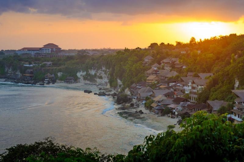 Beachfront View - Villa Bayuh Sabbha - Uluwatu, Bali