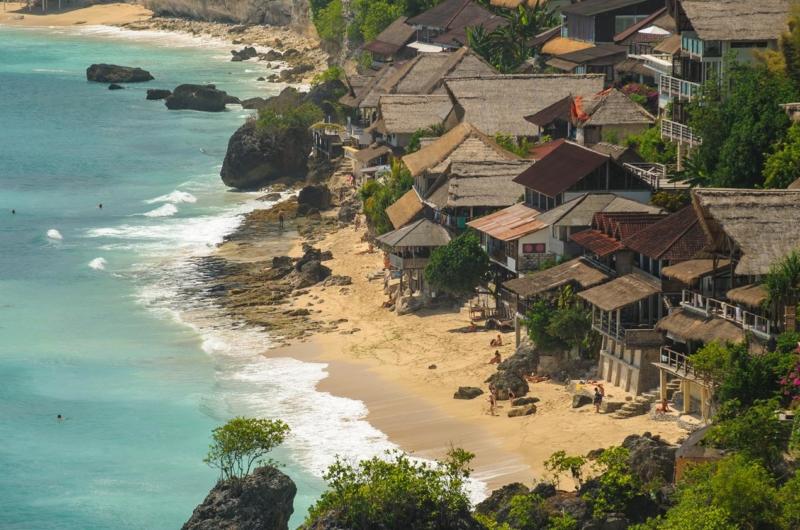 Beachfront Area - Villa Bayuh Sabbha - Uluwatu, Bali