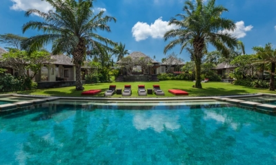 Gardens and Pool - Villa Beji - Canggu, Bali