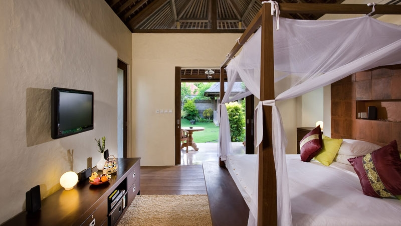 Bedroom with TV - Villa Belong Dua - Seseh, Bali