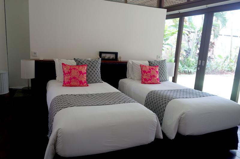 Twin Bedroom - Villa Bendega Nui - Canggu, Bali