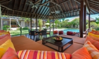 Lounge Area with Gardens and Pool View - Villa Bendega Nui - Canggu, Bali
