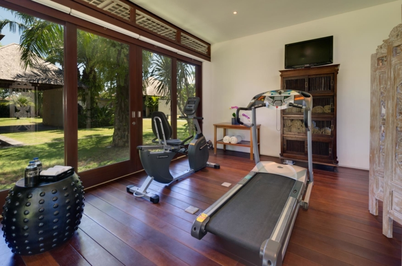 Gym with Wooden Floor - Villa Bendega Nui - Canggu, Bali