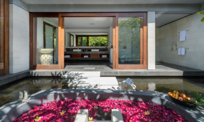 Romantic Bathtub Set Up - Villa Bendega Rato - Canggu, Bali