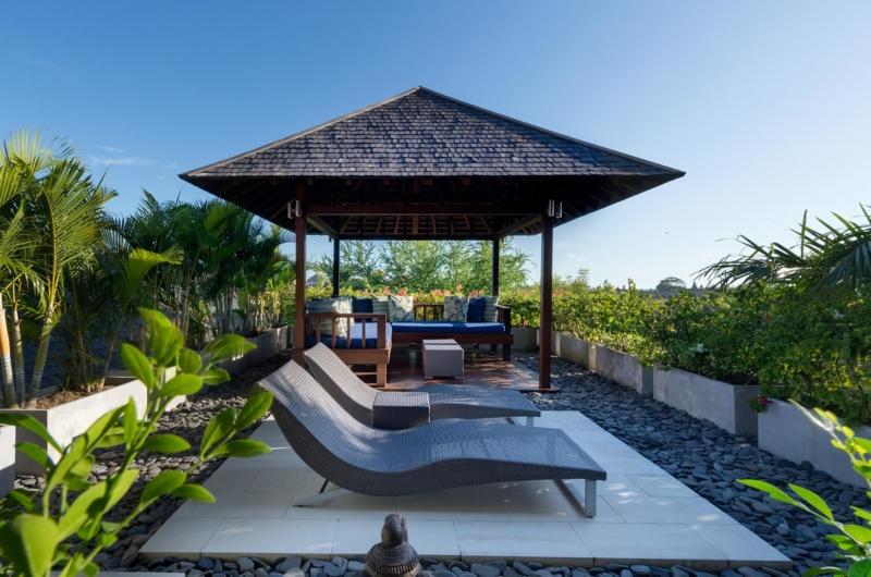 Sun Beds - Villa Bendega Rato - Canggu, Bali