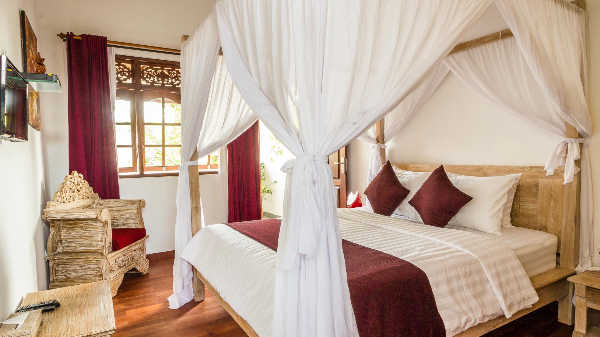 Four Poster Bed - Villa Bewa - Seminyak, Bali