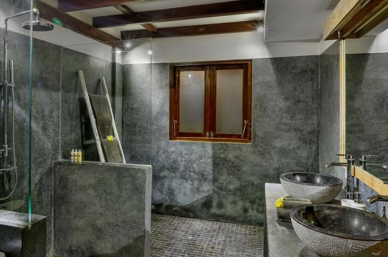 Bathroom with Shower - Villa Bibi - Kerobokan, Bali
