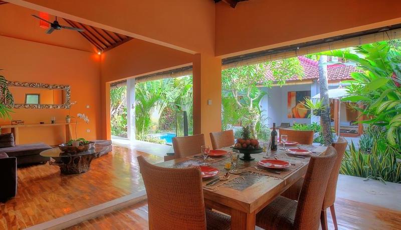 Dining Area with View - Villa Bisi - Seminyak, Bali