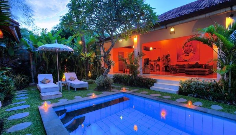 Pool Side loungers - Villa Bisi - Seminyak, Bali
