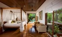 Bedroom with Seating Area - Villa Bukit Naga - Ubud, Bali