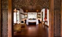Bedroom with Wooden Floor - Villa Bukit Naga - Ubud, Bali