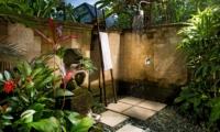 Bathroom with Shower - Villa Bukit Naga - Ubud, Bali
