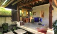 Semi Open Bathtub with Petals - Villa Bulan Madu - Uluwatu, Bali
