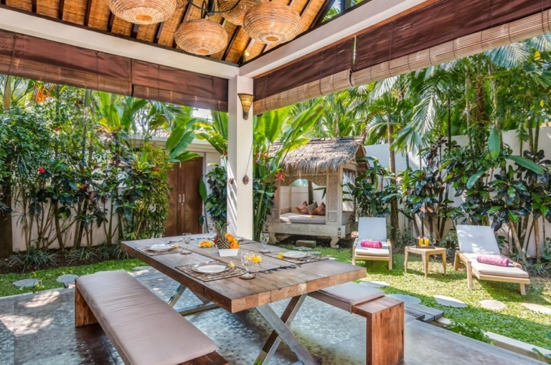 Dining Area with Garden View - Villa Can Barca - Seminyak, Bali