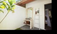 Outdoor Bathroom - Villa Candi Kecil - Ubud, Bali