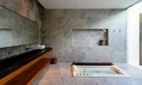 Bathroom with Bathtub - Villa Canggu - Canggu, Bali
