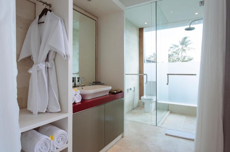 En-Suite Bathroom - Villa Canggu - Canggu, Bali