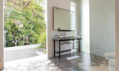 Bathroom with Mirror - Villa Canggu North - Canggu, Bali