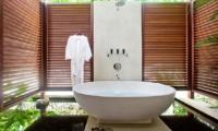 En-Suite Bathtub - Villa Cantik Ungasan - Uluwatu, Bali