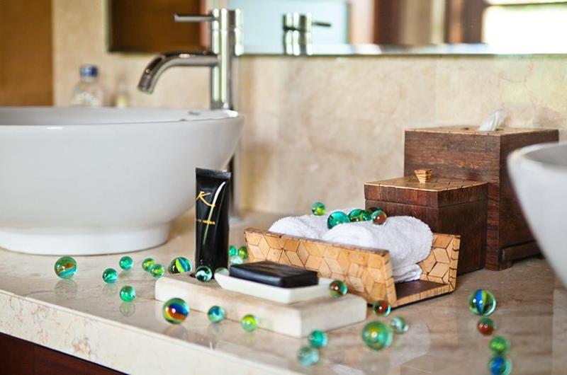 Bathroom - Villa Cantik Ungasan - Uluwatu, Bali