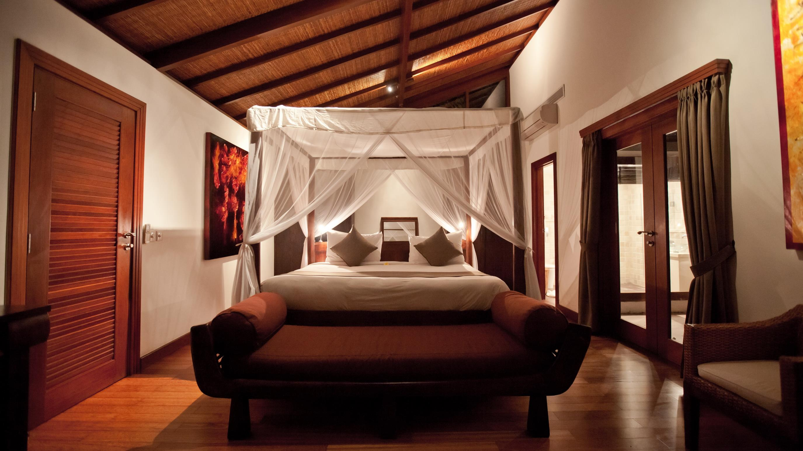 Bedroom with Seating Area - Villa Casis - Sanur, Bali