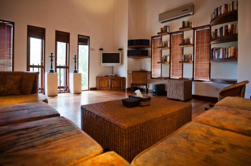 Lounge Area with TV - Villa Casis - Sanur, Bali
