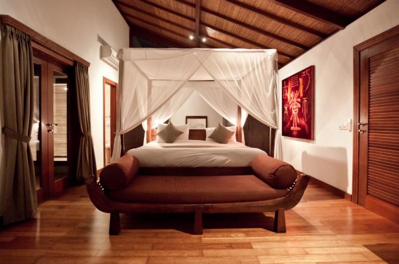 King Size Bed - Villa Casis - Sanur, Bali