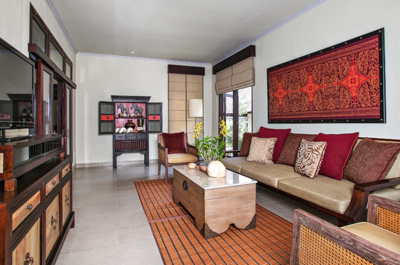 Living Area with TV - Villa Cemadik - Ubud, Bali