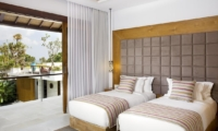 Bedroom with Twin Beds - Villa Cendrawasih - Seminyak, Bali
