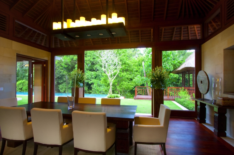 Dining Area with Wooden Floor - Villa Champuhan - Seseh, Bali