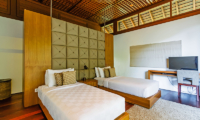Twin Bedroom with TV - Villa Champuhan - Seseh, Bali