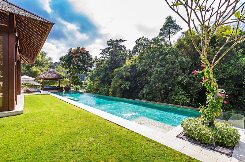Gardens and Pool with Trees - Villa Champuhan - Seseh, Bali