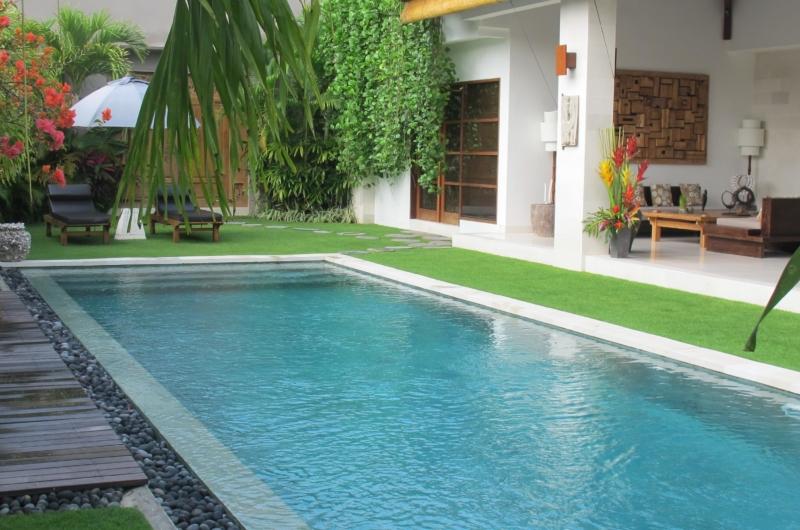 Swimming Pool - Villa Chocolat - Seminyak, Bali