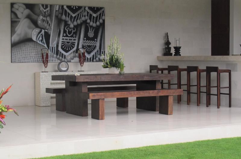 Indoor Dining Area - Villa Chocolat - Seminyak, Bali