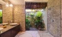 Bathroom with Shower - Villa Cinta - Seminyak, Bali