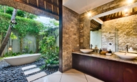En-Suite His and Hers Bathroom - Villa Cinta - Seminyak, Bali